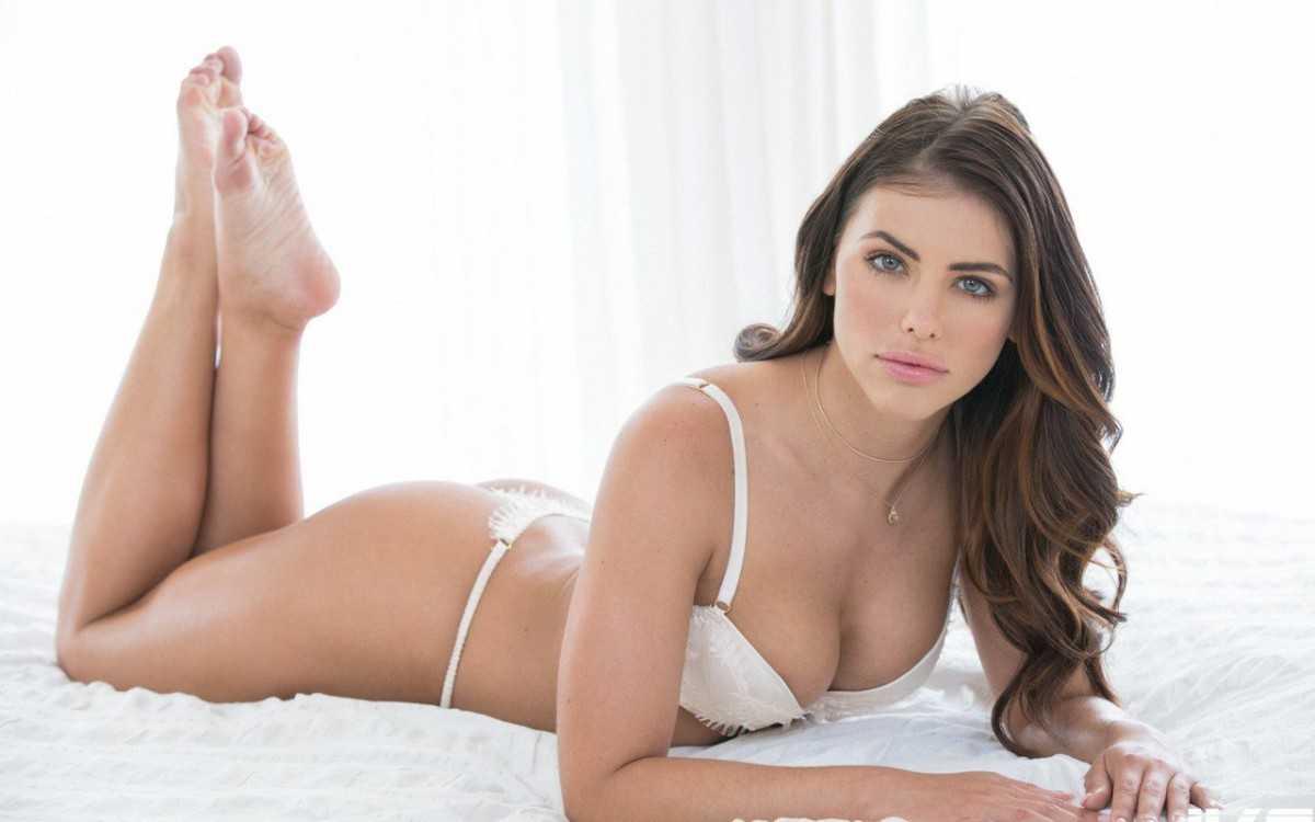 Adriana Chechik Bikini