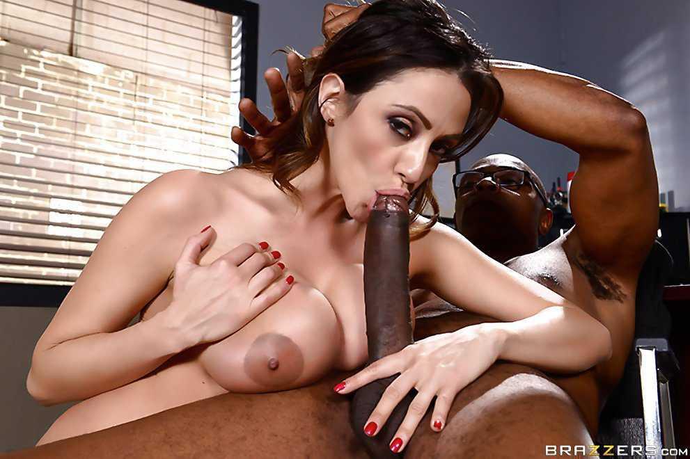 Ariella Ferrera Blowjob Big Black Dick