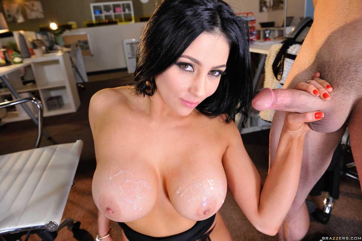 Audrey Bitoni Cumshot on Big tits