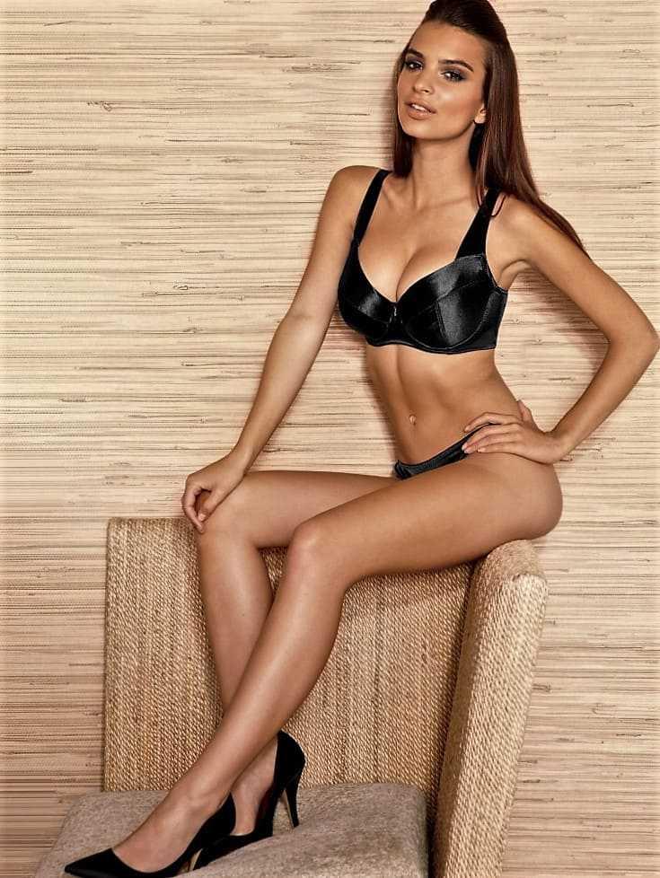 Sexy actress and model Emily Ratakovsky in a bikini photo