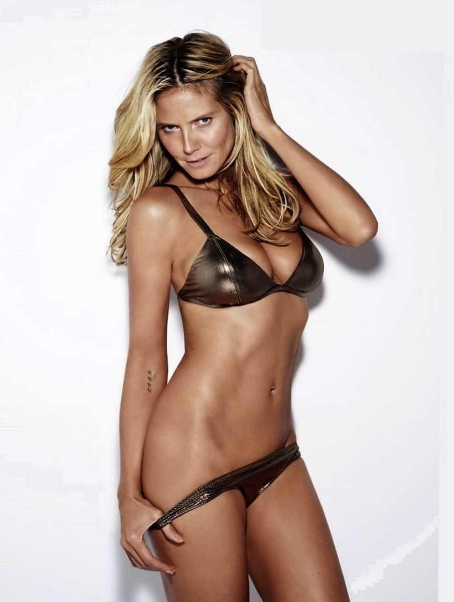 Sexy blonde girl model Heidi Klum