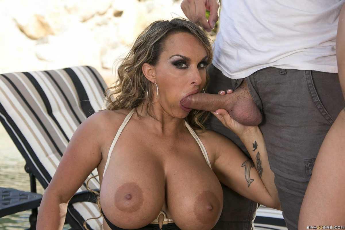 Holly Halston Blowjob Big boobs MILF