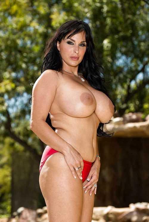 Holly Halston Big Tits MILF