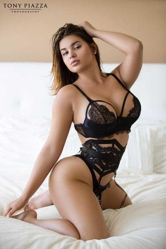 Hot beauty in lingerie photo