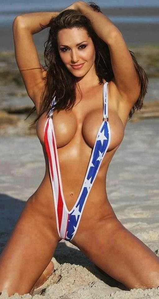 Hot Girl Beauty With Big Tits In A Bikini