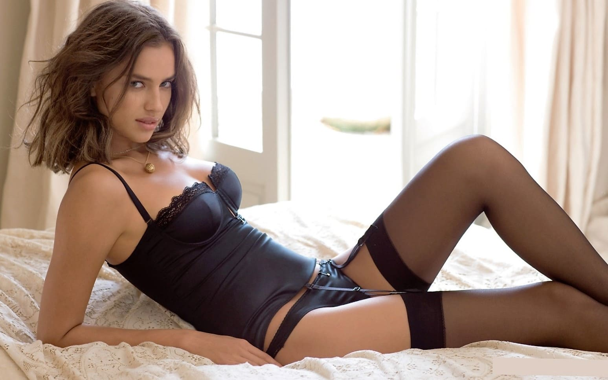 Sexy girl beauty photo