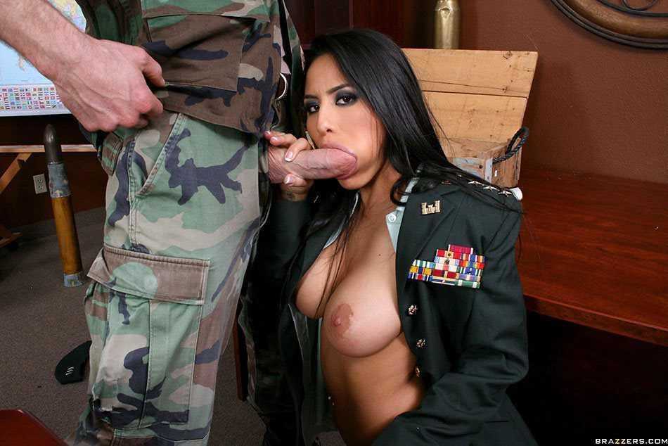 Jenaveve Jolie Blowjob sucking dick