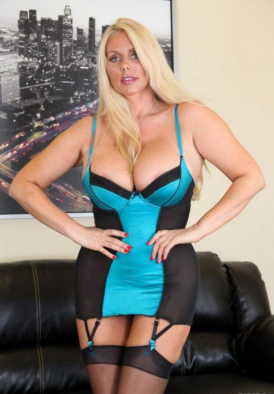 Karen Fisher Hot MILF
