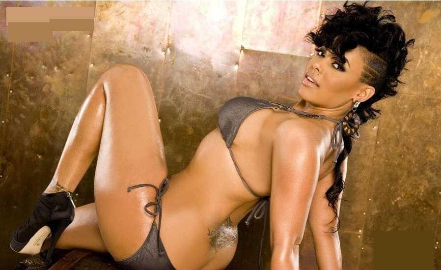 Sexy black girl in bikini photo