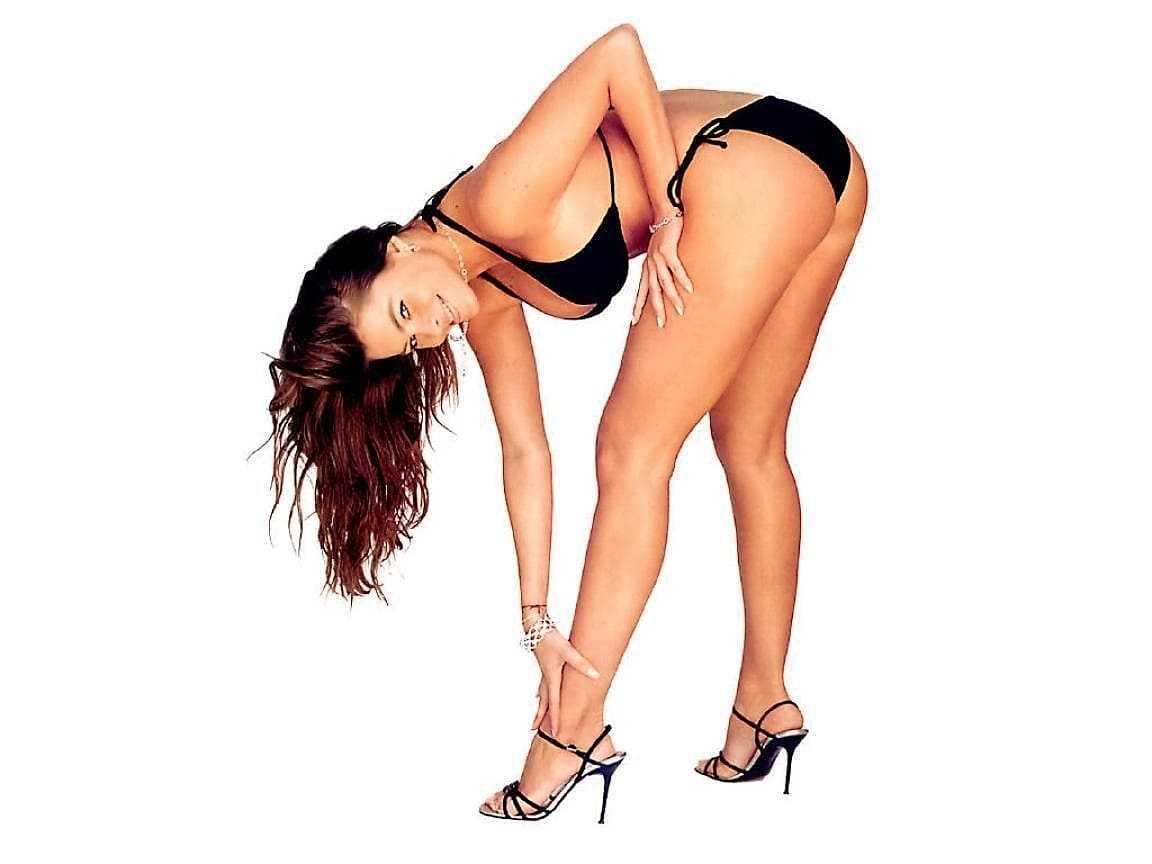 Sexy Sofia Vergara in a bikini photo
