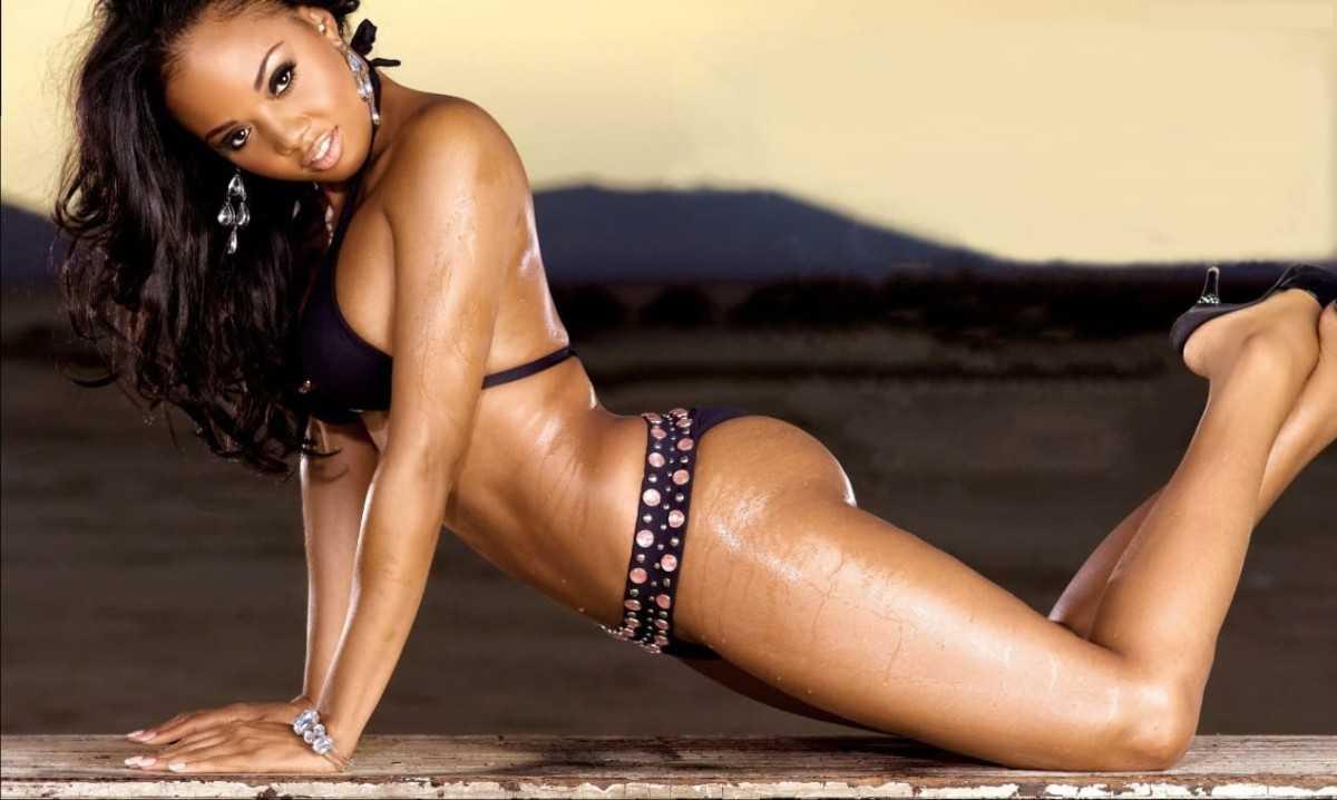 Sexy black girl with a beautiful body in a bikini