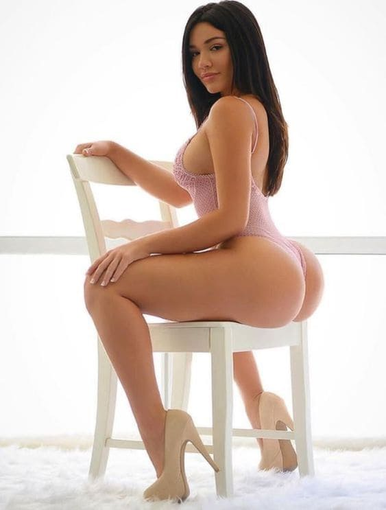 Beautiful girl with a sexy ass and a hot slim body.