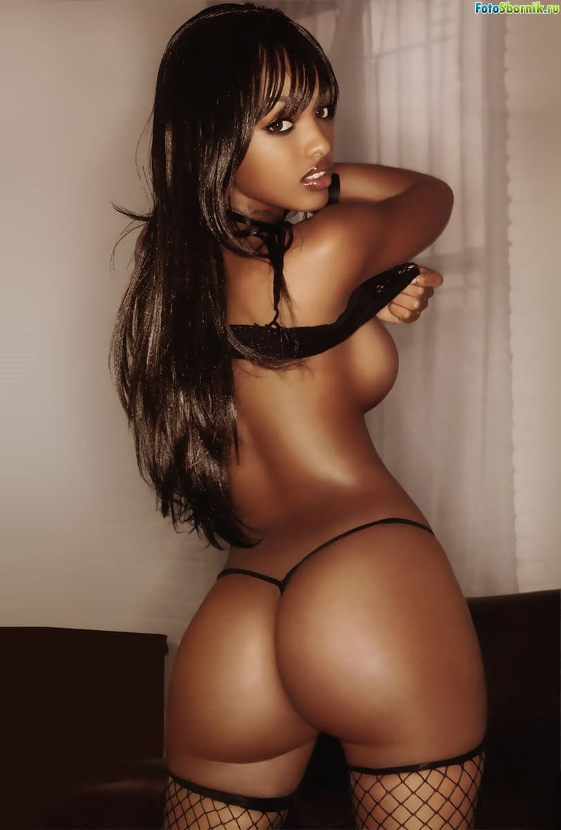 Hot black beautiful girl with a sexy ass and boobs in a bikini